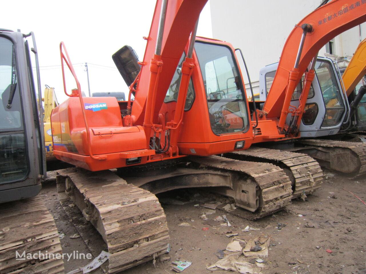 excavator dengan track DOOSAN DH150
