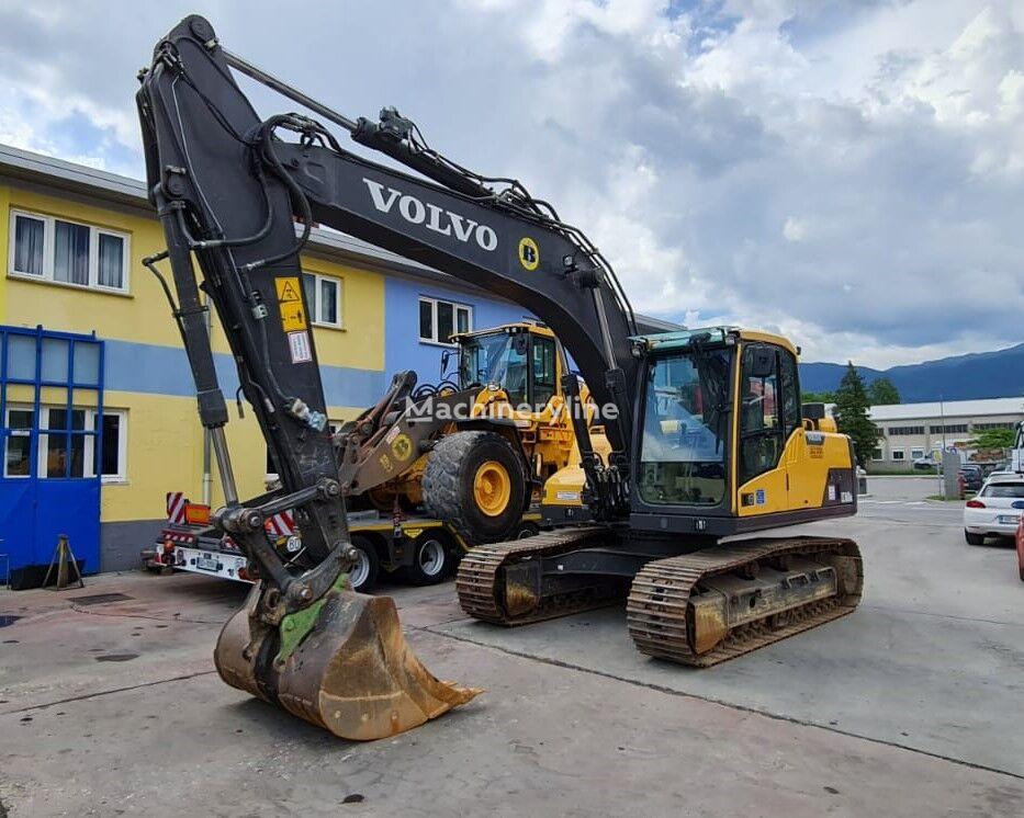 excavator dengan track VOLVO EC160D NL