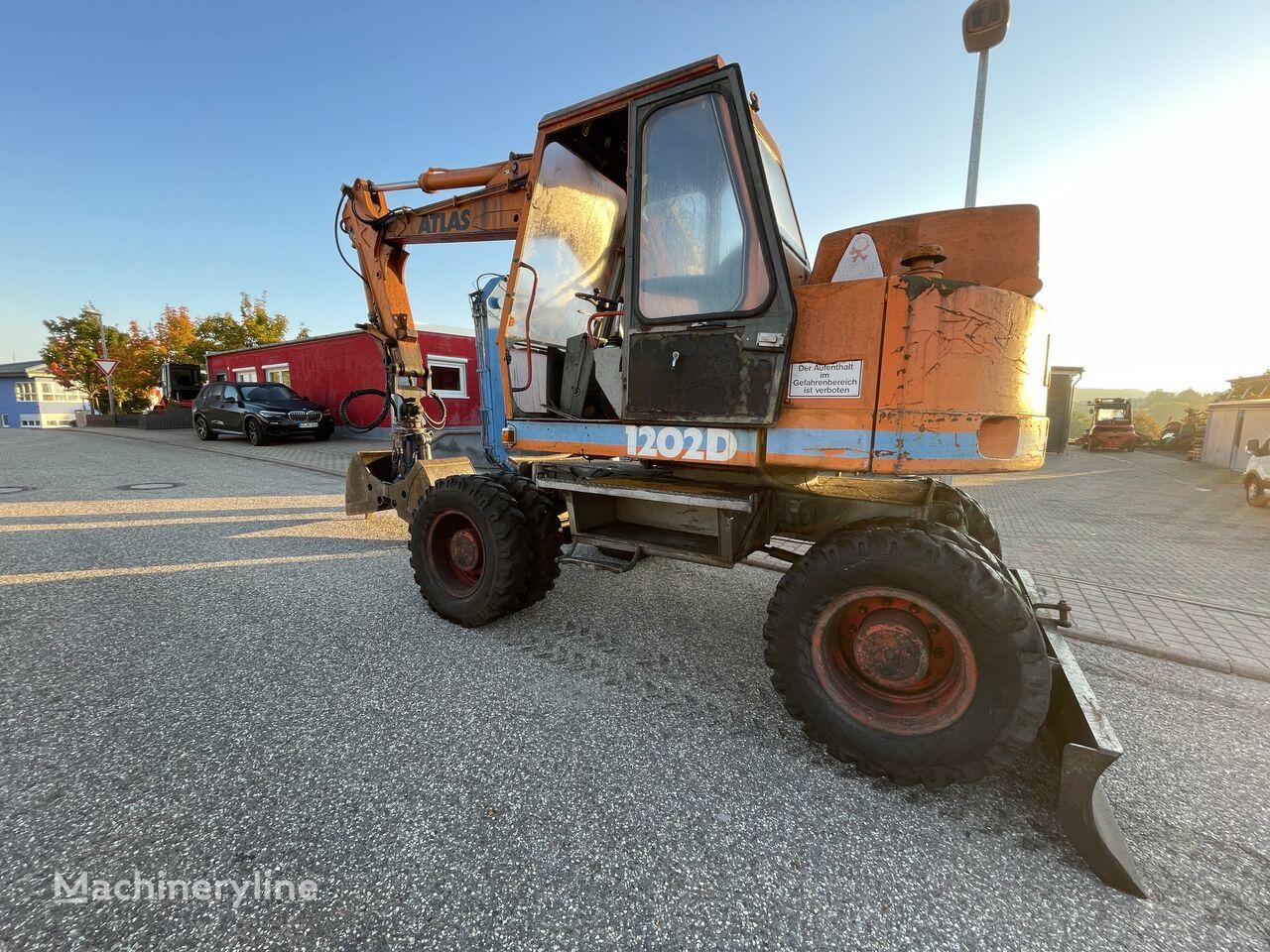excavator roda ATLAS AB1202D