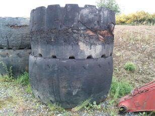 ban untuk wheel loader CATERPILLAR 992 C  45/65R45