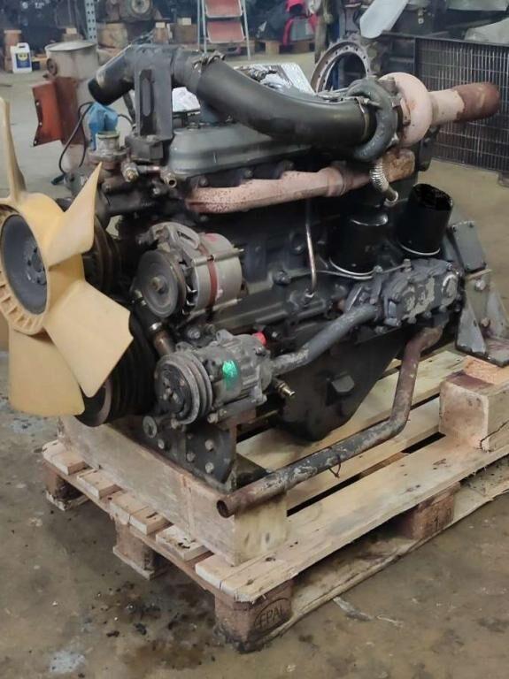 mesin FIAT Iveco 8065.25 untuk excavator