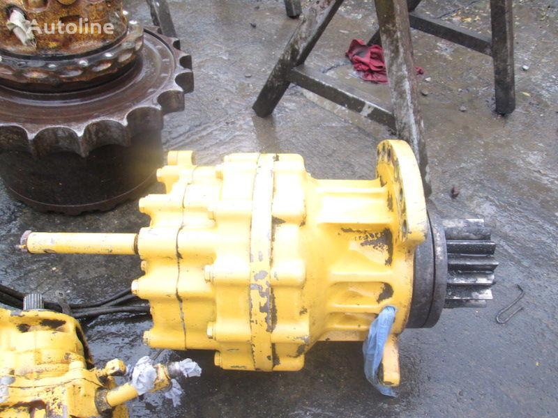 motor pengayun untuk excavator KOMATSU PC240