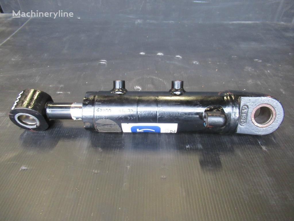 silinder hidraulik CATERPILLAR untuk excavator baru